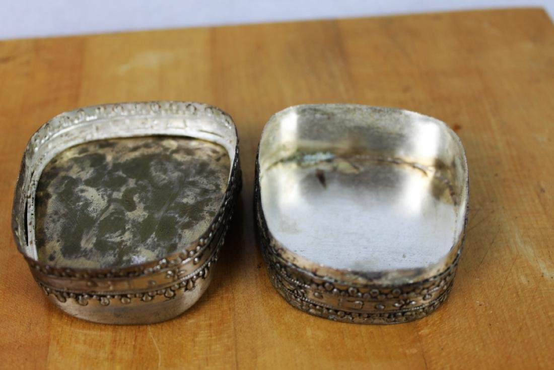 Two Chinese Antique Porcelain Boxes - 9