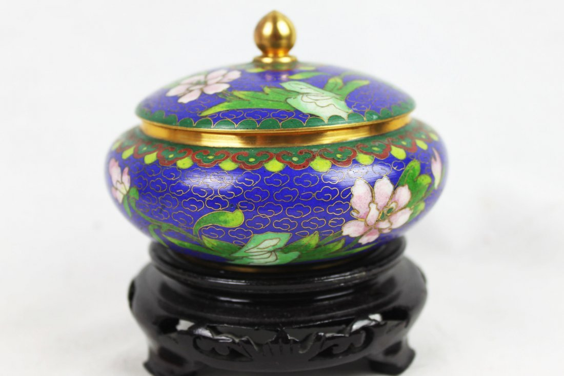 Chinese Cloisonne Bowl w/wood stand