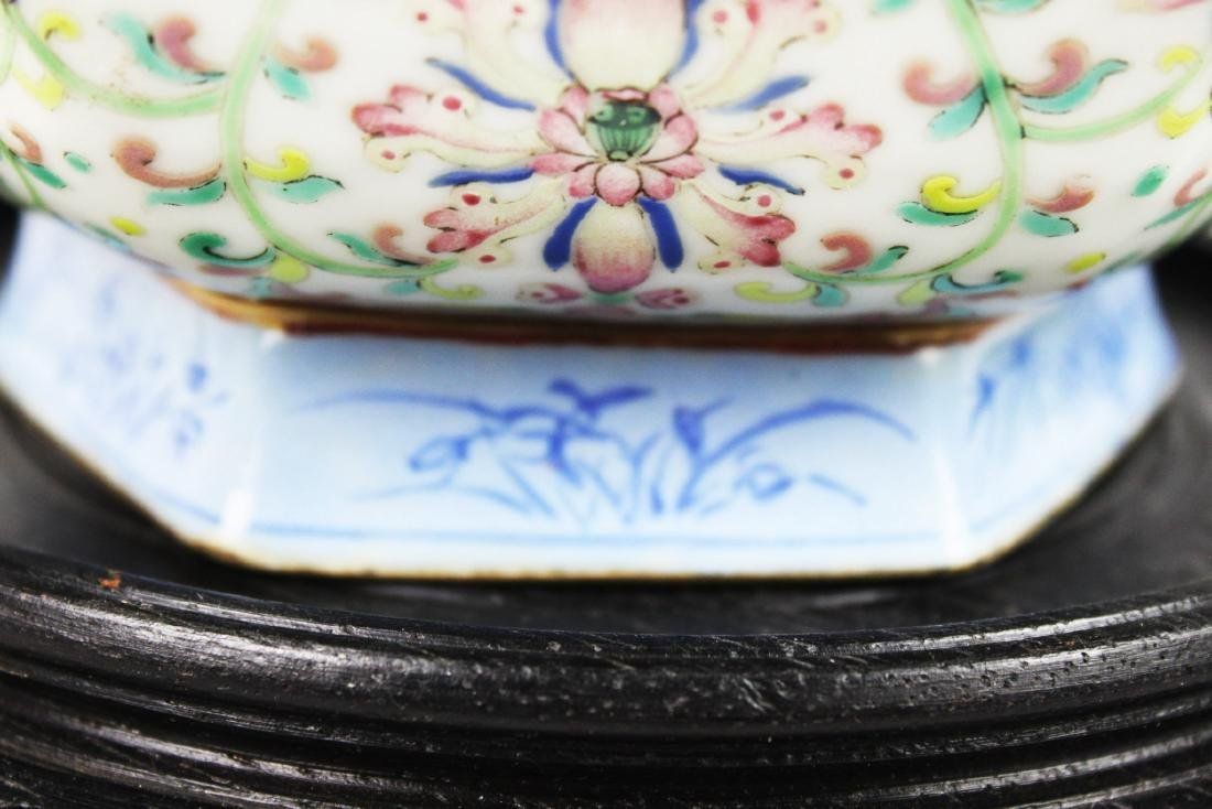 Antique Chinese Porcelain Bowl. - 4