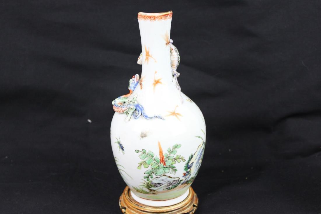 Antique Chinese Porcelain Vase - 10