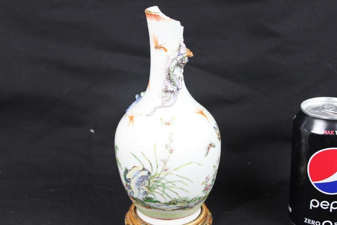 Antique Chinese Porcelain Vase - 7
