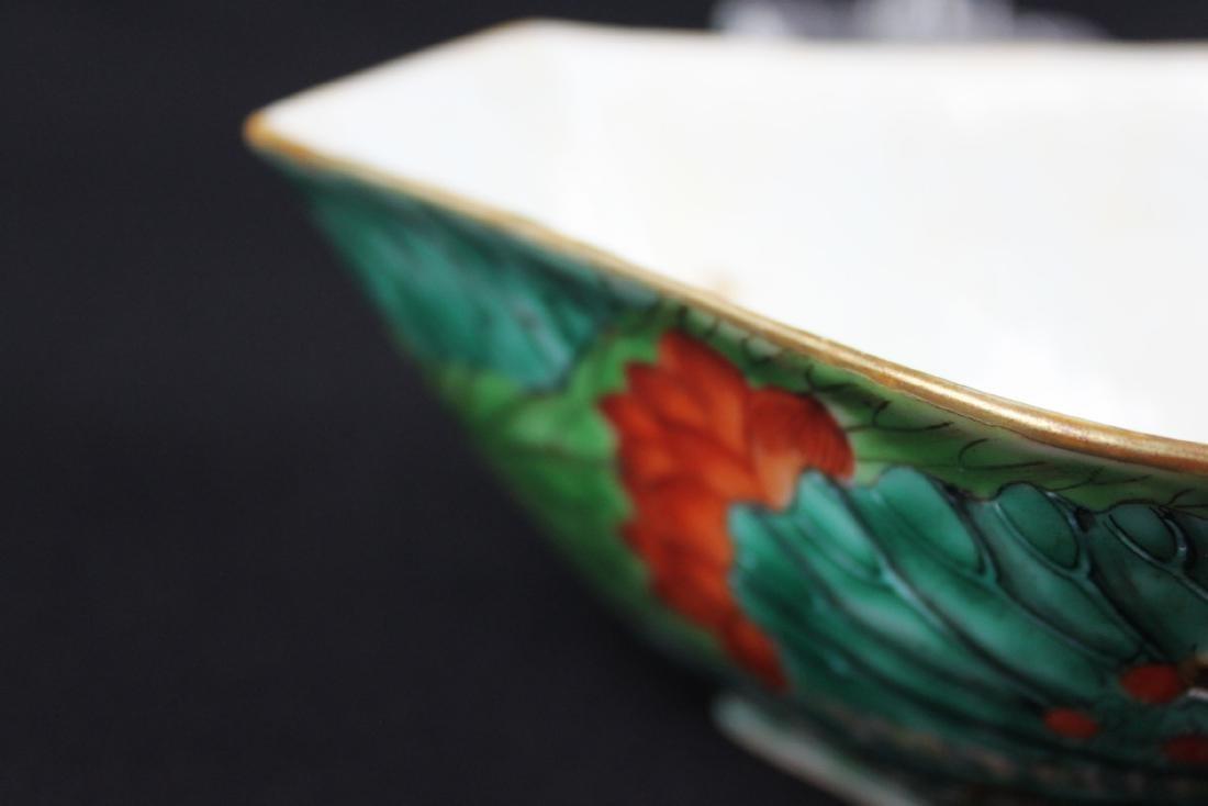 A Pair Antique Chinese Porcelain Planter - 4