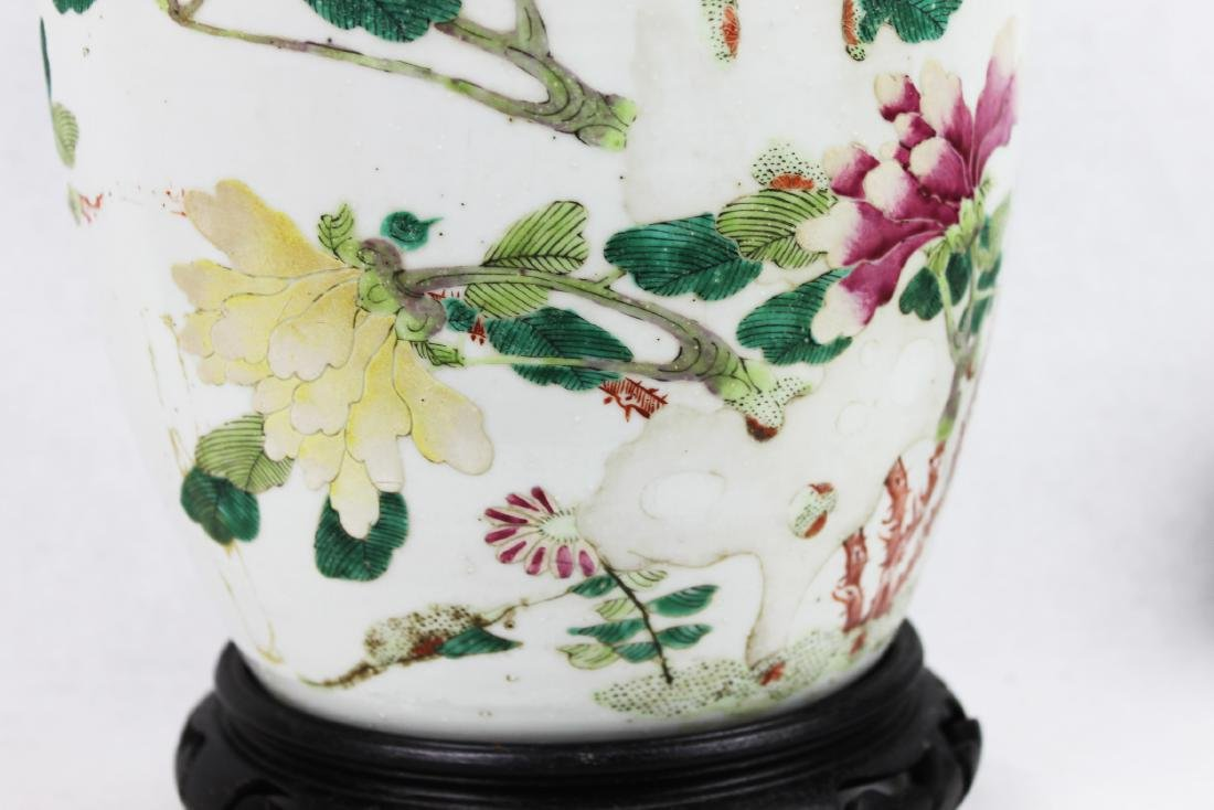 Antique Chinese Wucai Porcelain Jar with Wood Stand - 3