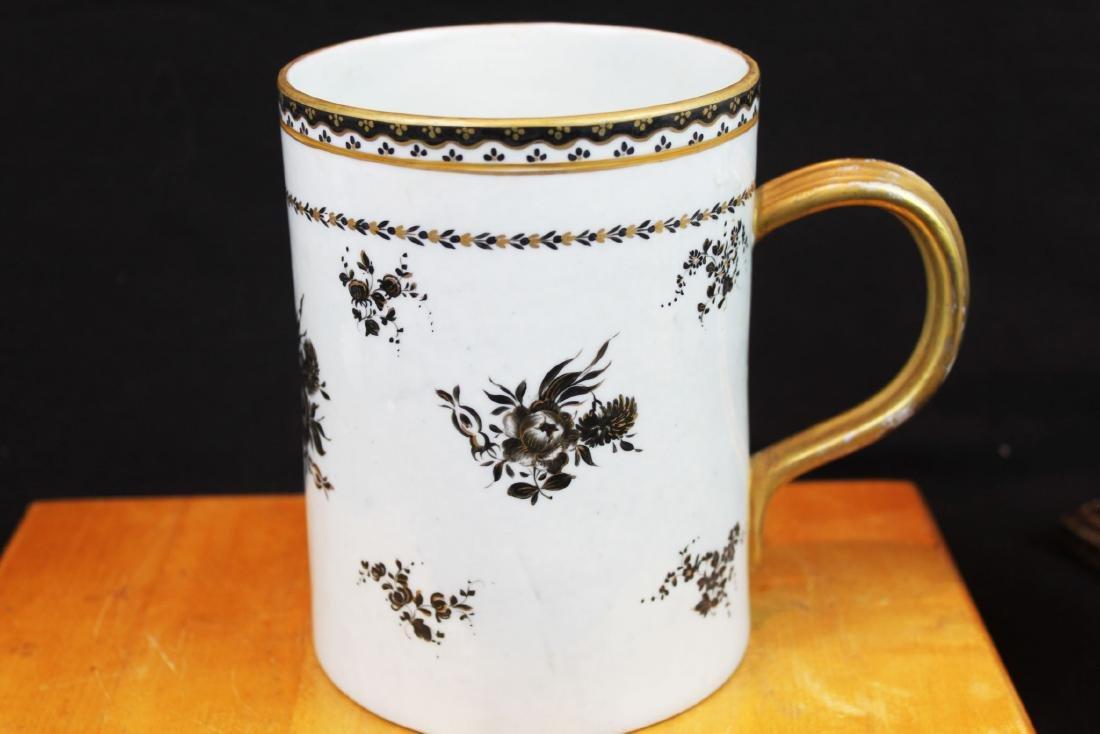 Antique Chinese Porcelain Mug - 7