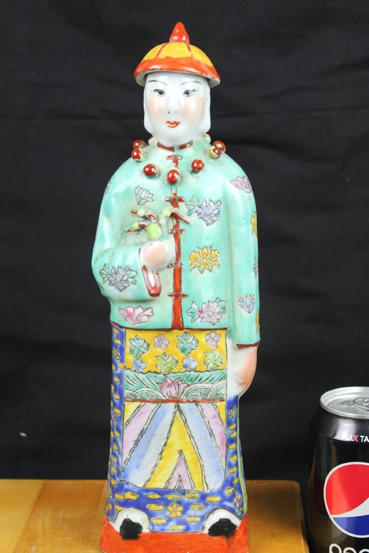 Antique Chinese Porcelain Statue