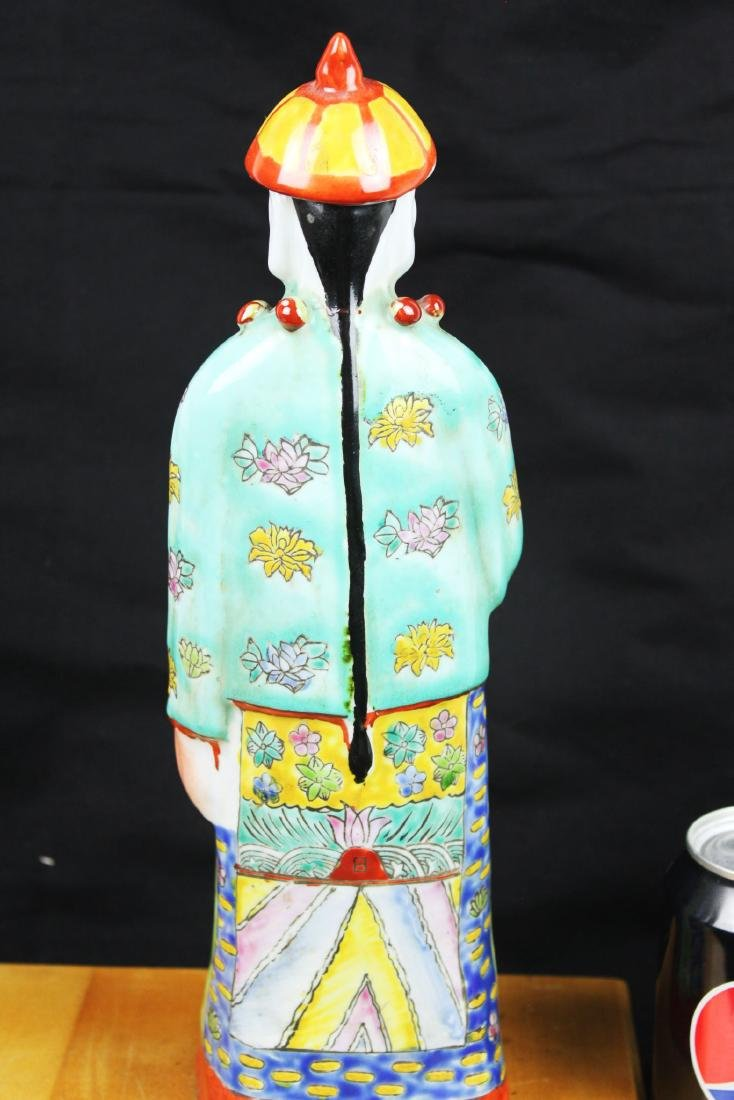 Antique Chinese Porcelain Statue - 8