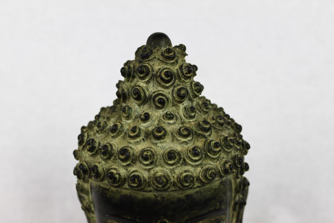 Antique Small Bronze Buddha Head Statue - 4