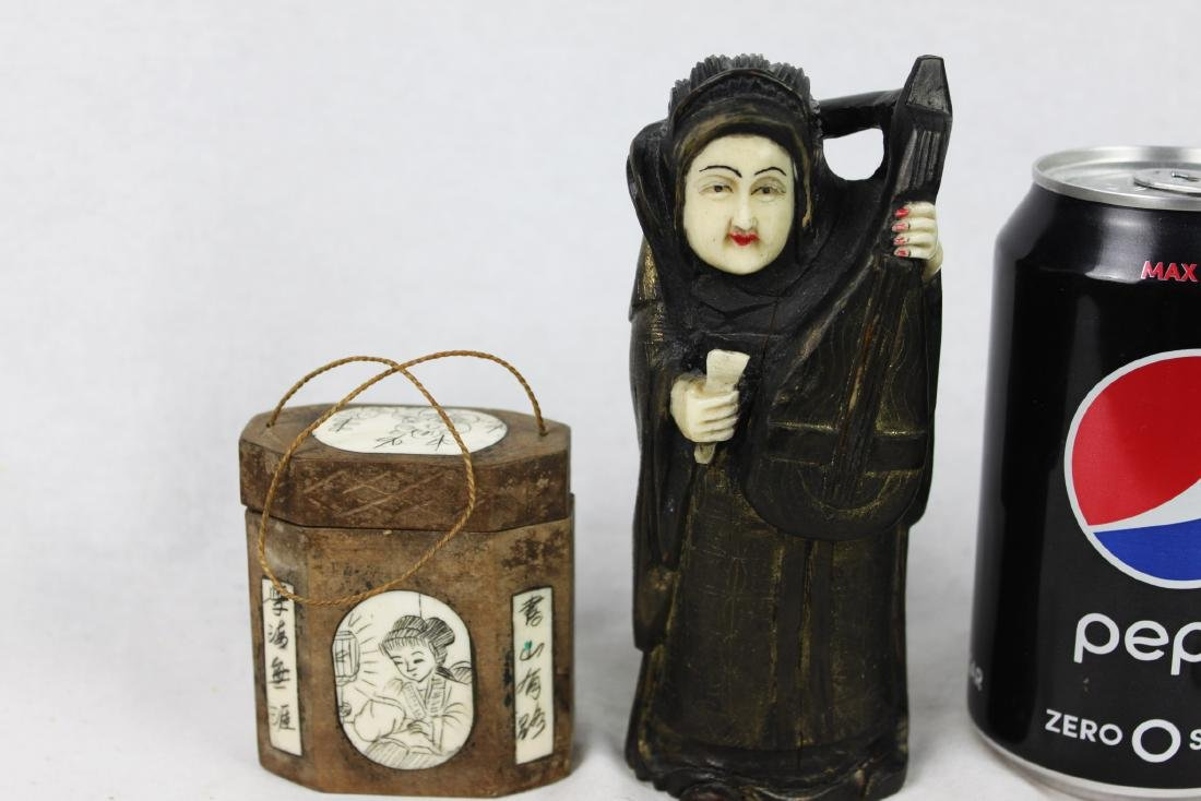 Two Antique Chinese Statue and Box