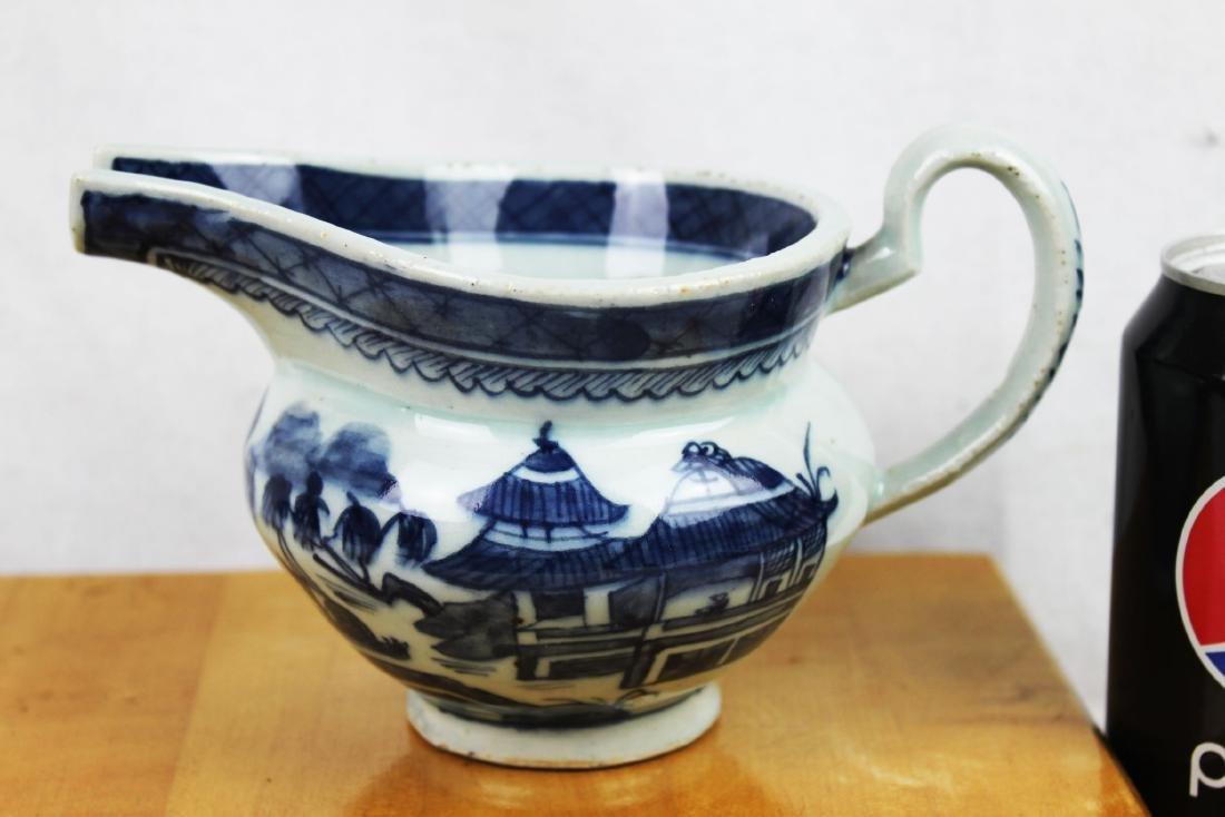Antique Chinese Blue&White Sauce Jar