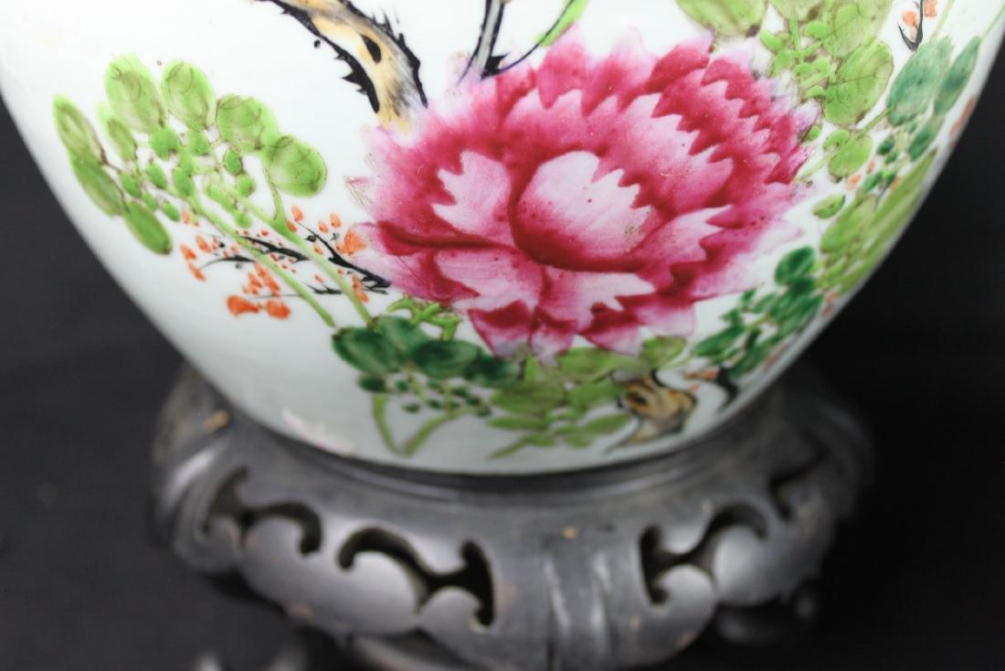 A Pair Antique Chinese Porcelain Jar - 4