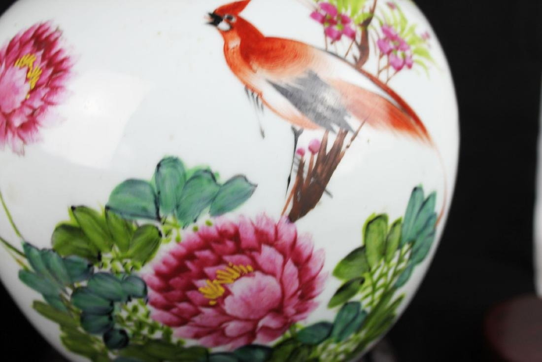 A Pair Antique Chinese Porcelain Jar - 6