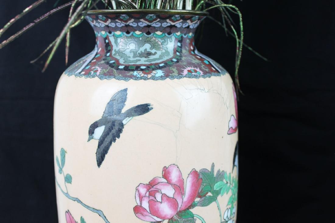 A Pair of Antique Chinese Cloisonne Vases - 4