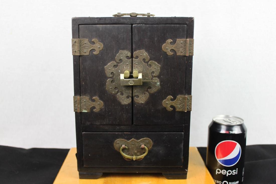 Antique Chinese Jewery Box