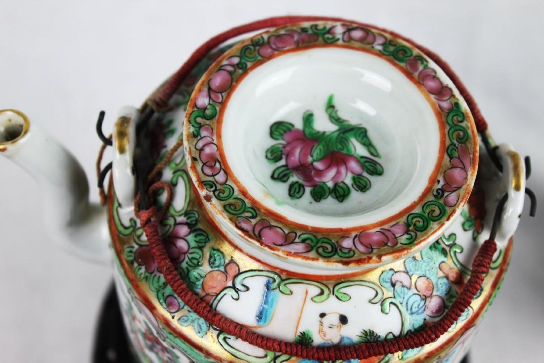 Antique Chinese Famillie Rose Teapot - 2