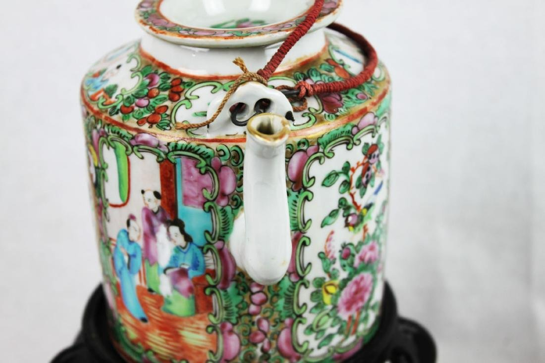 Antique Chinese Famillie Rose Teapot - 8