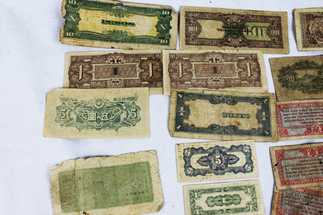 Lot of Japanese WWII Bank Notes - 4