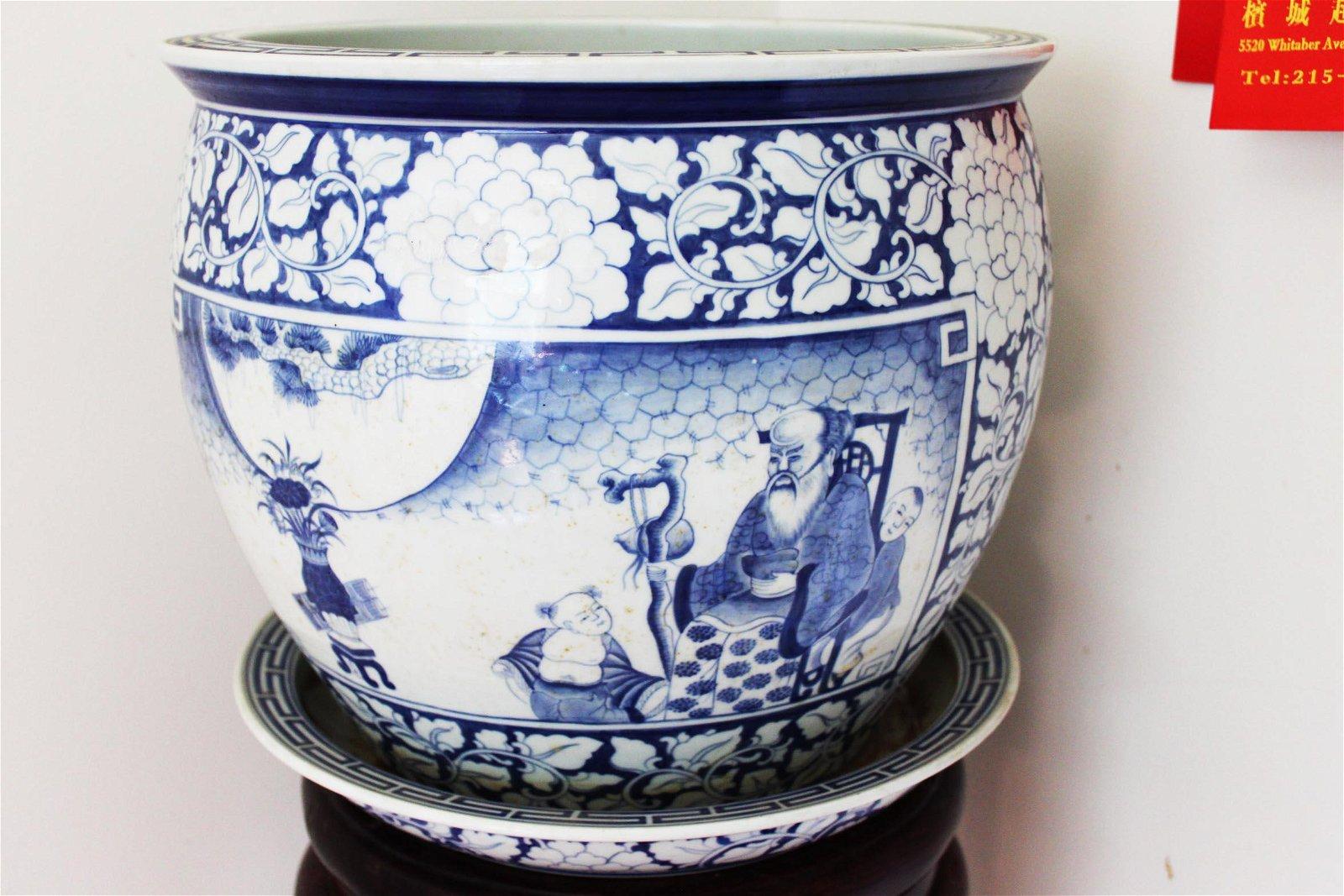 Large Antique Chinese Porcelain Fish Tank