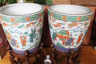 A Pair Chinese Porcelain Planter w/ Wood stand