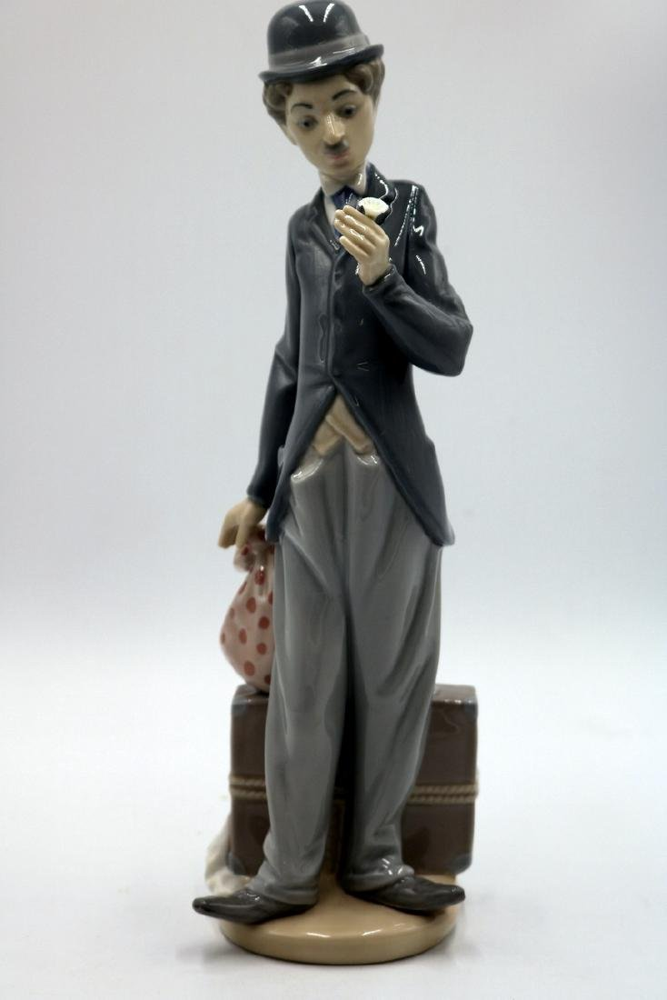"Lladro ""Charlie the Tramp"" #5233 Porcelain Figure"