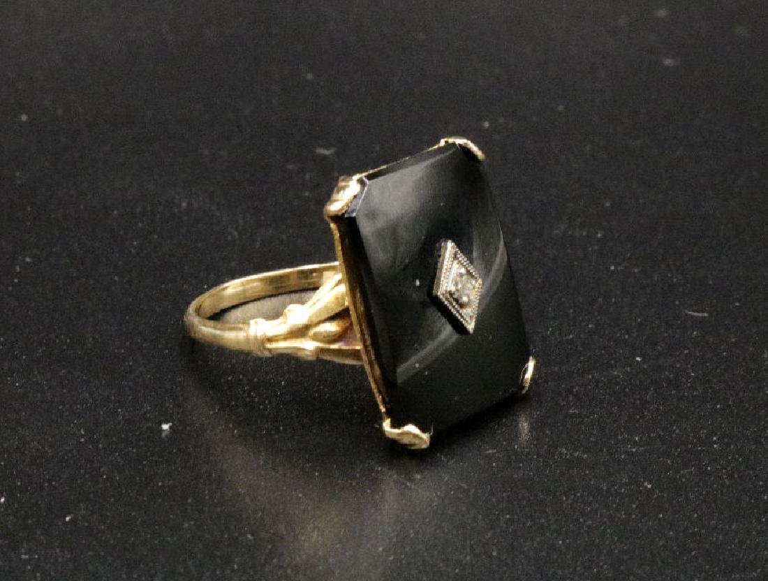 Vintage 10Kt YG Onyx & Diamond Ring