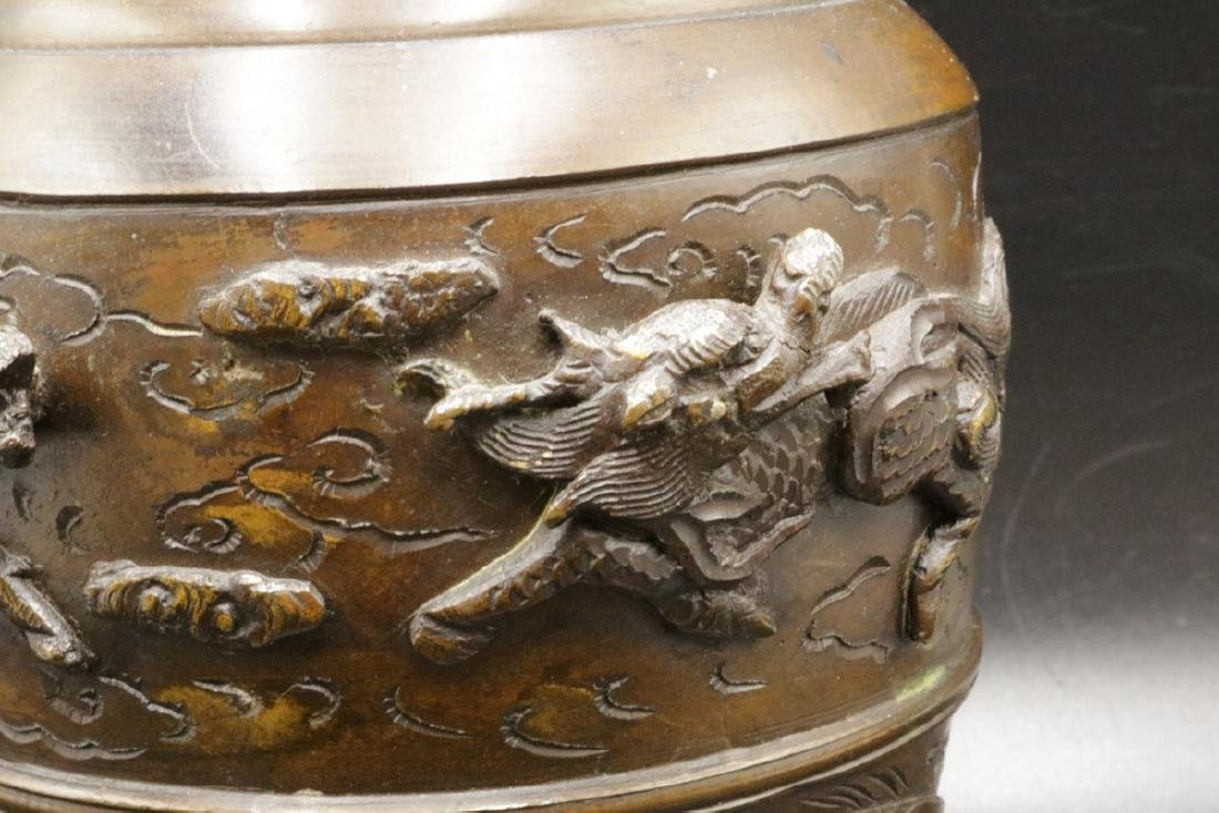 Antique Japanese Figural Bronze Vase - 3