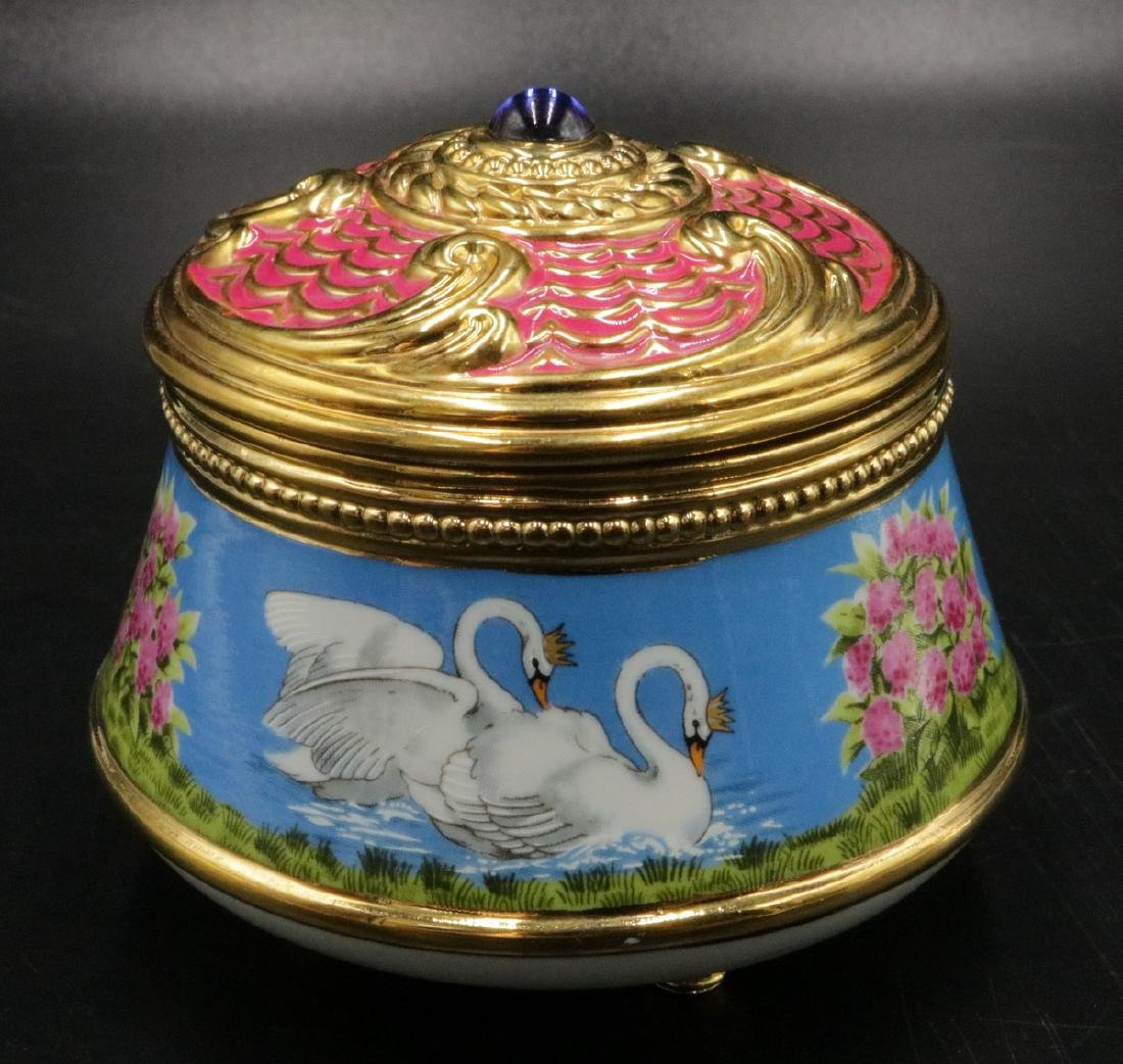 "House of Faberge, Franklin Mint ""Swan Lake"" Box"