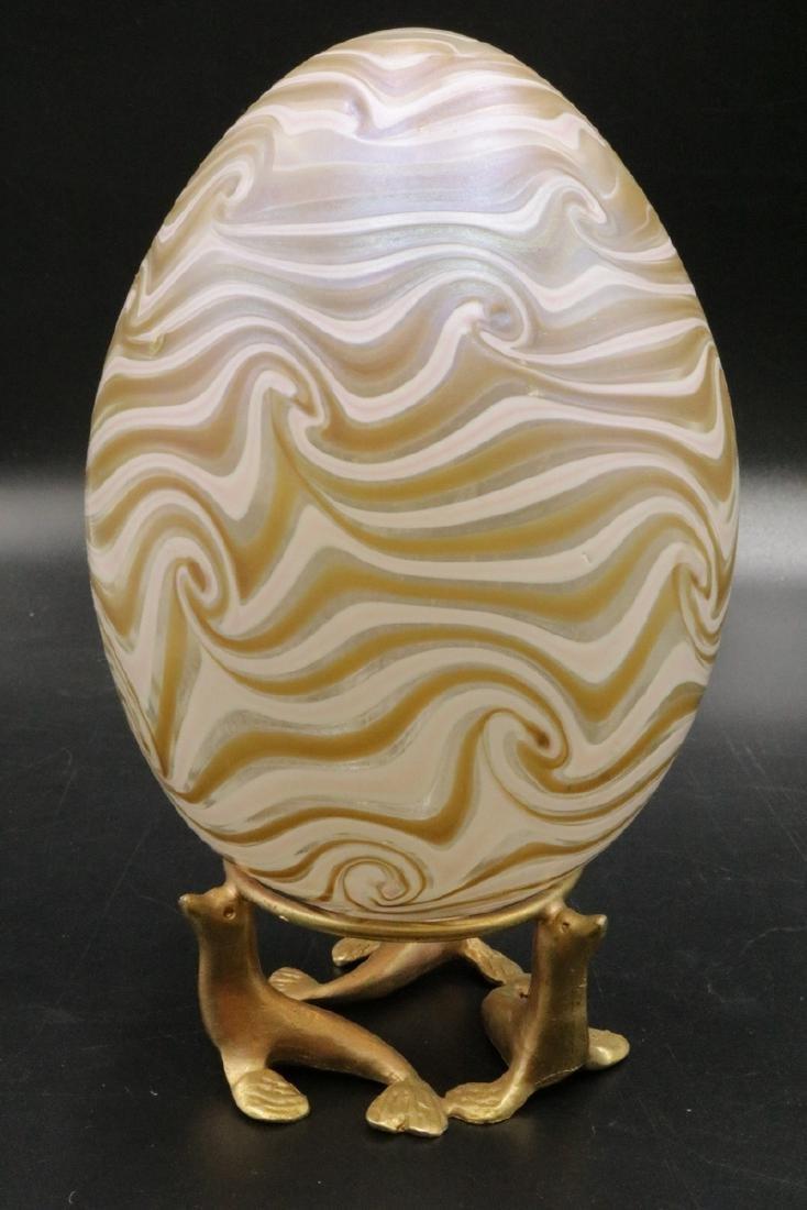 Vandermark Iridescent Art Glass Egg