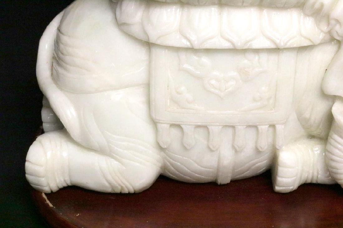 Rare Chinese Carved White Jade Quan Yin on Elephant - 4