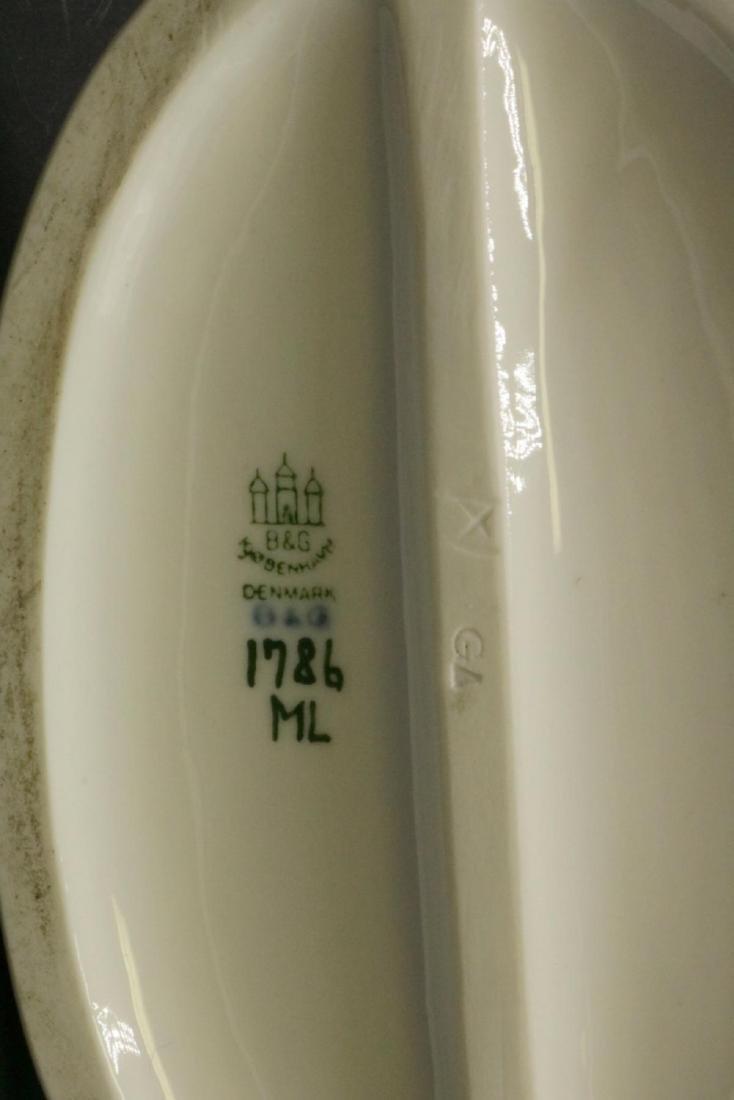 "Bing & Grondahl ""Mason"" #1786 Porcelain Figure - 2"