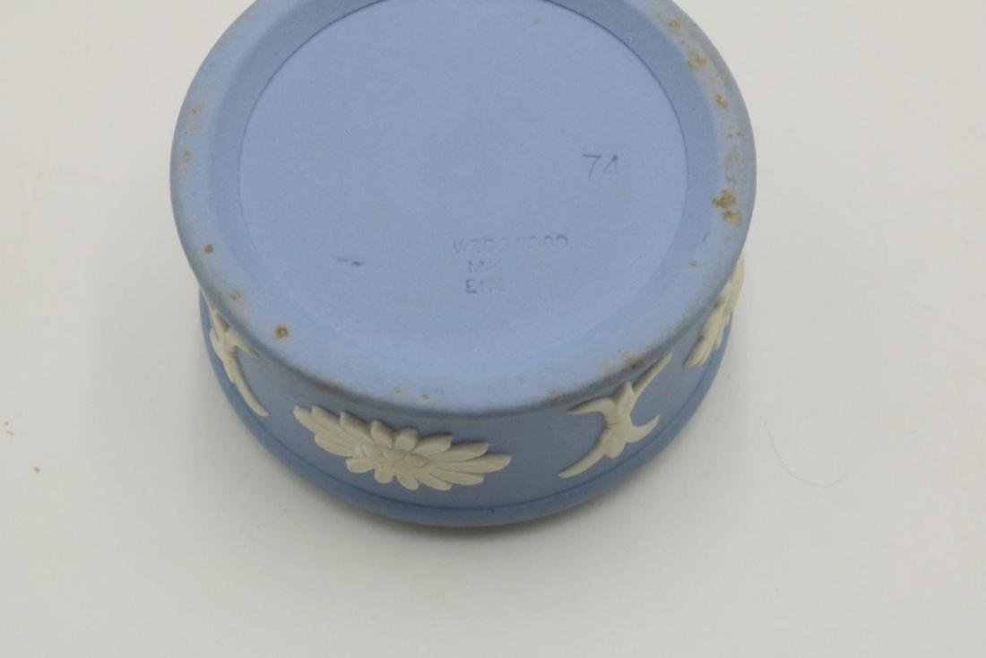 Wedgwood Jasperware Trinket Box - 3