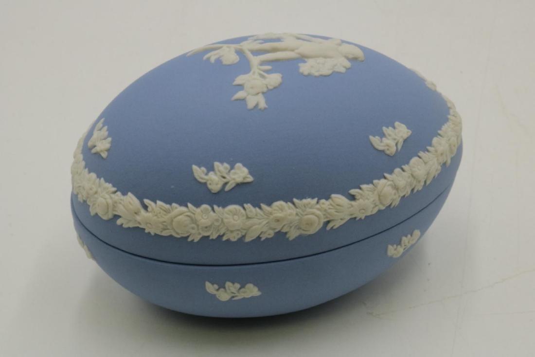 Wedgwood Jasperware Covered Egg Box - 2