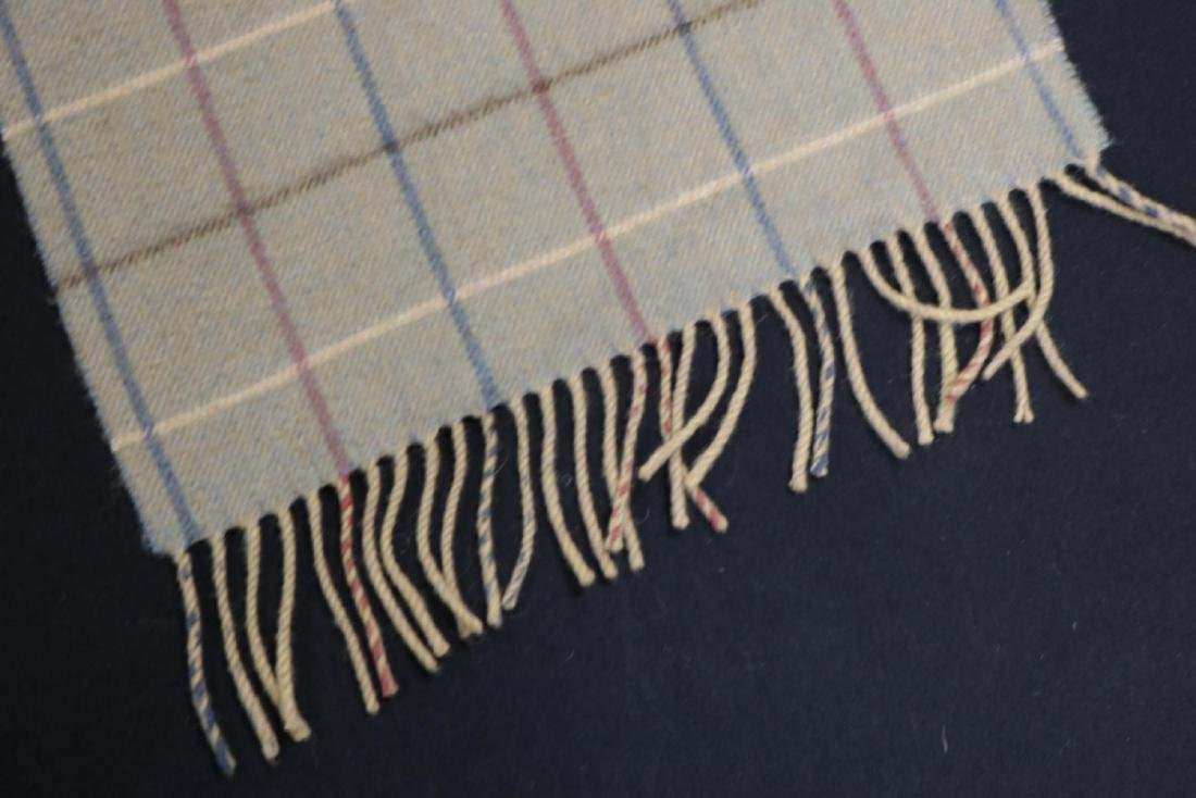 Burberry 100% Cashmere Unisex Scarf - 3