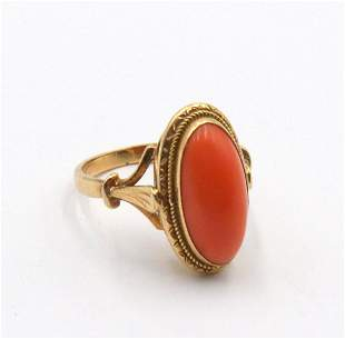 18Kt Yellow Gold & Coral Ring