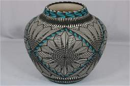 Signed Sanchez Acoma Native American Pottery Vase