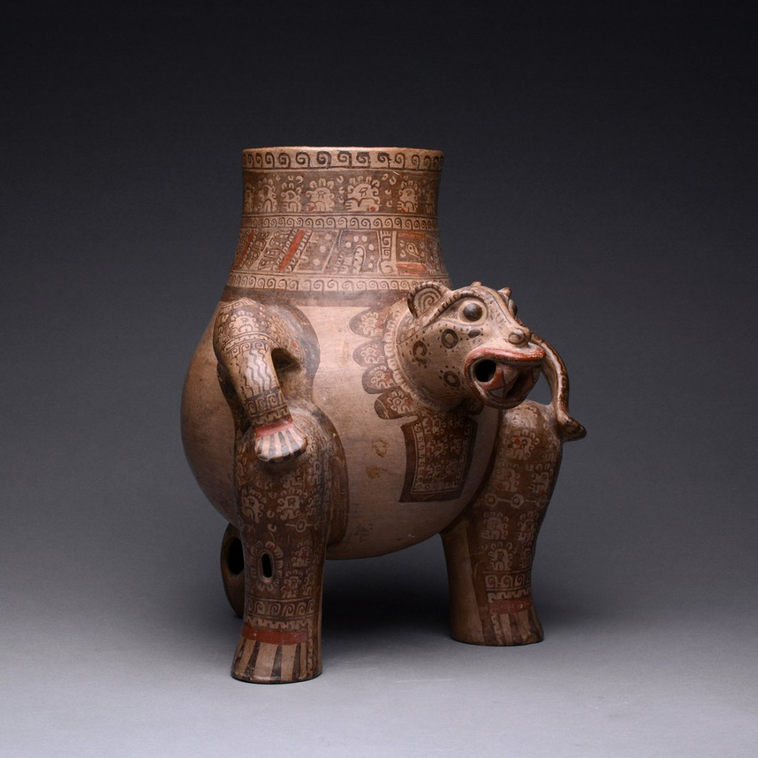 A Costa Rican Terracotta Jaguar Effigy Vessel - 2