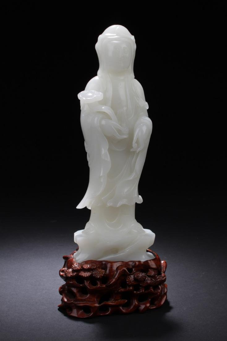 Chinese White Jade Carved Guanyin Statue
