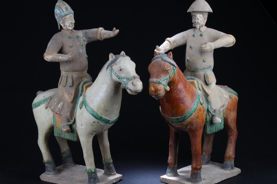 A Pair of Antique Pottery Statue, Ming Period