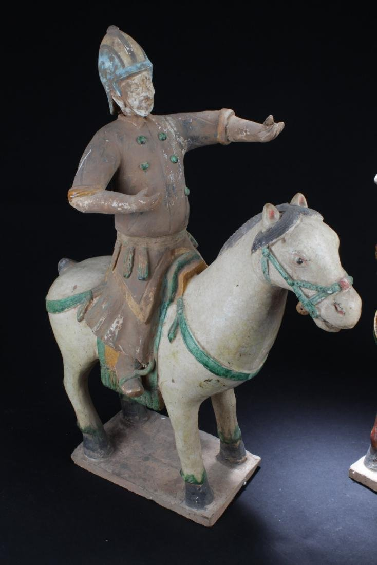 A Pair of Antique Pottery Statue, Ming Period - 2