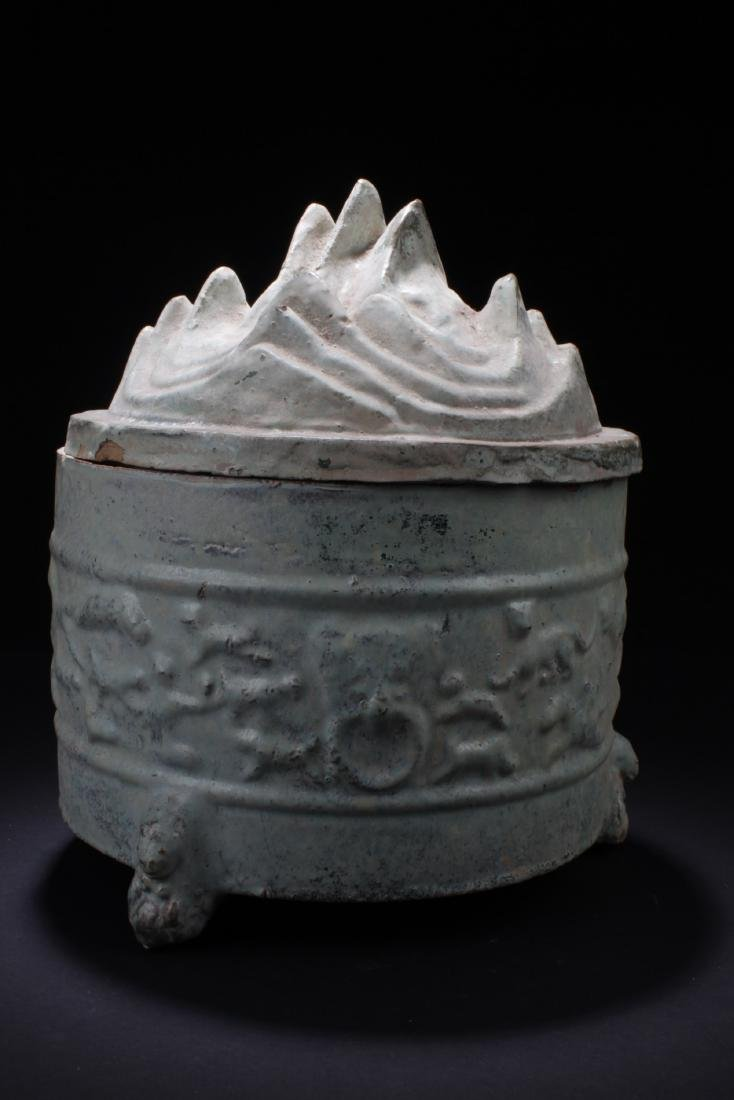Chinese Pottery Container With Lid