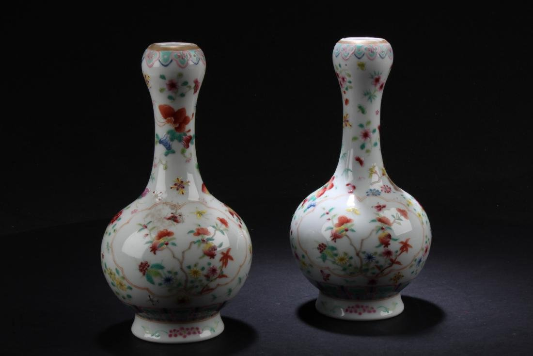A Pair of Antique Famille Rose Porcelain Vases