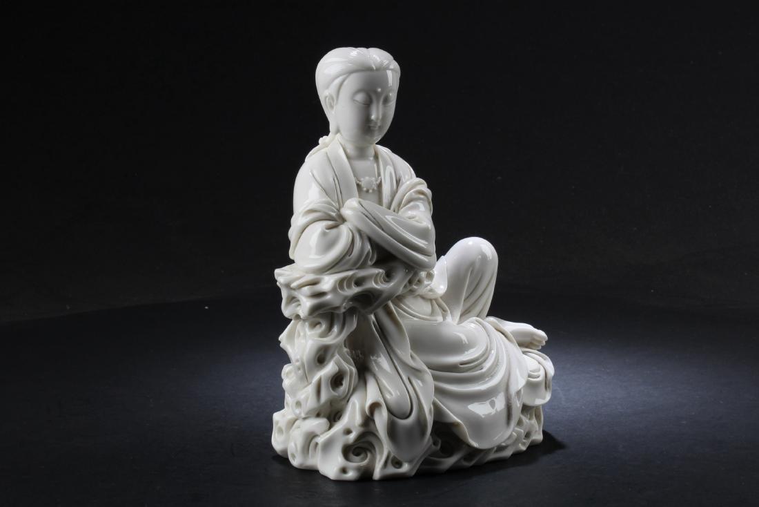 A Chinese Blanc De Chine Bodhisattva Statue - 4