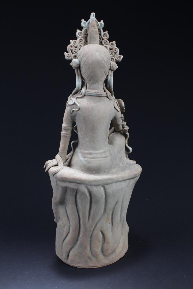 Antique Chinese Porcelain Bodhisattva Statue - 4