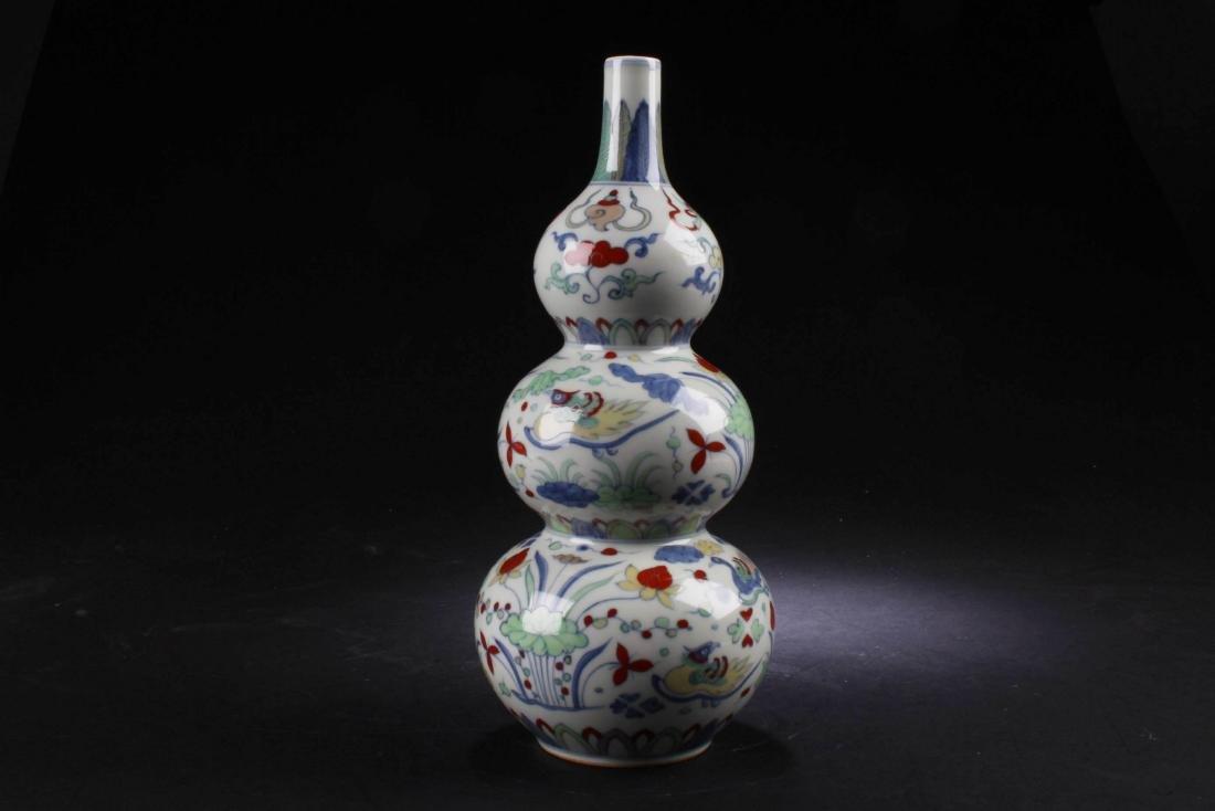 Chinese Wucai Triple Gourd Porcelain Vase