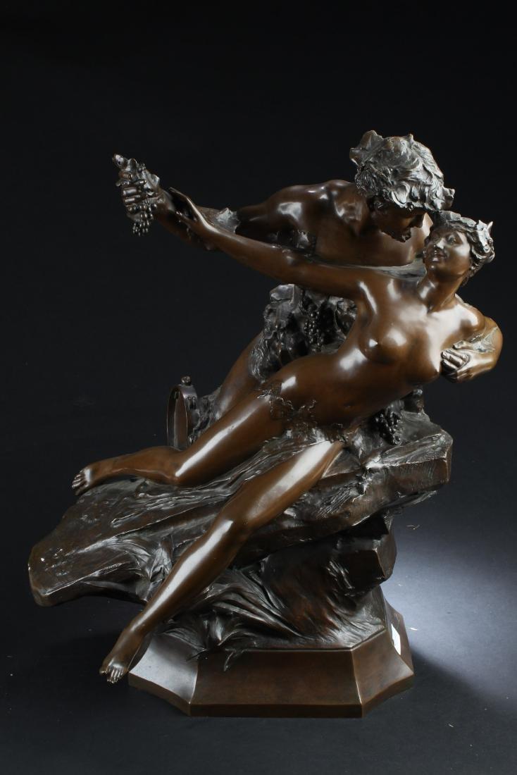 Bronze Statue of Lovers