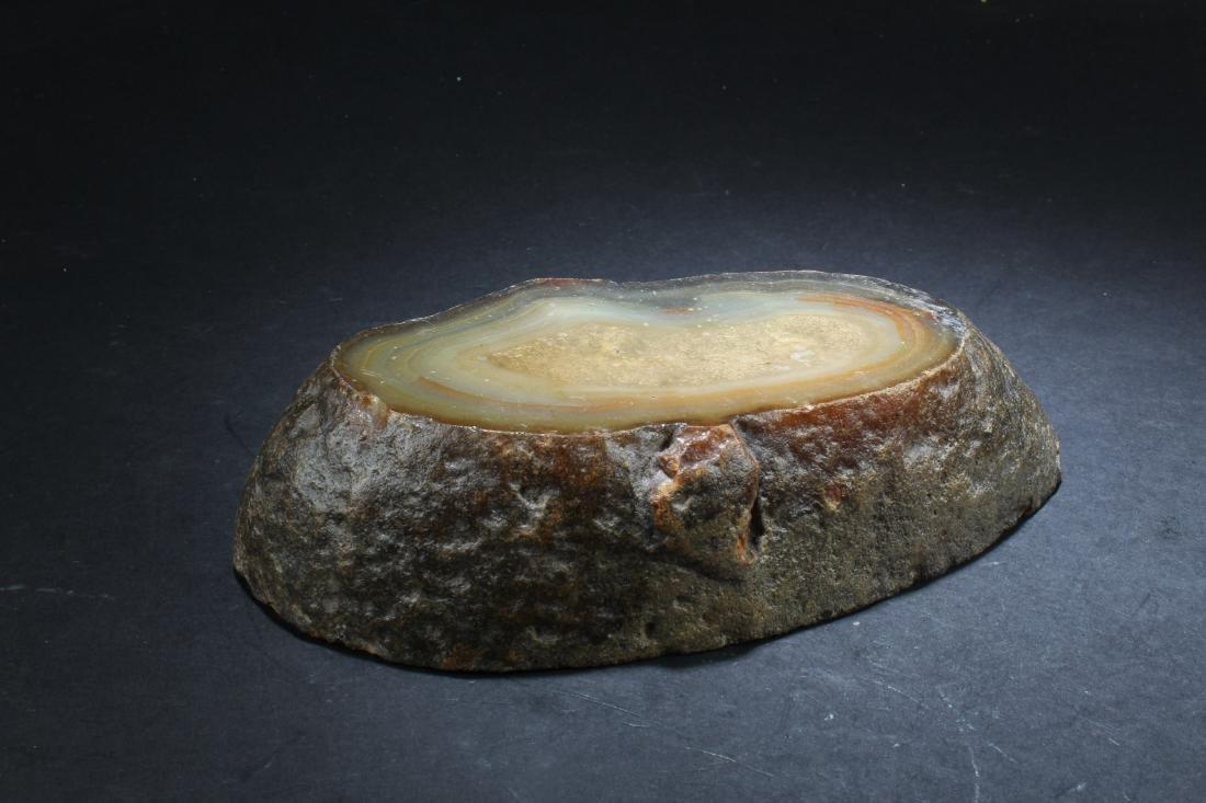 An agate ornament