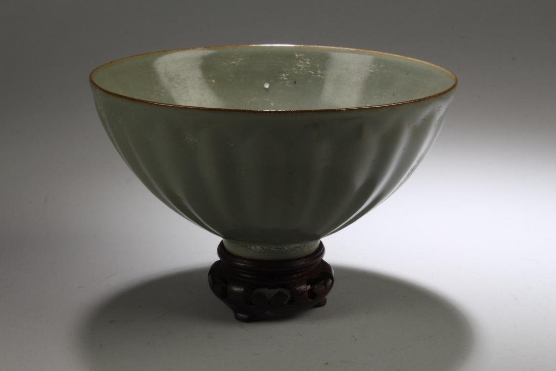 Chinese enamel Bowl with Stand