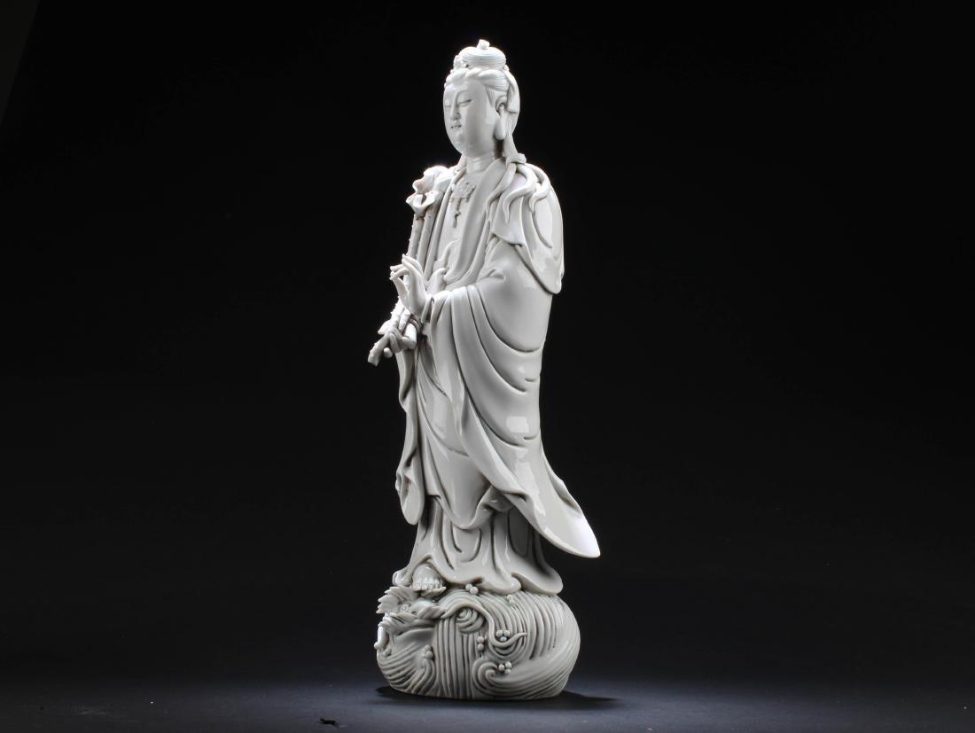 Chinese Blanc De Chine Guanyin Statue - 2