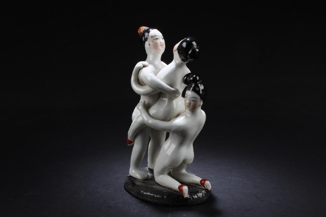 A Chinese porcelain Erotic Figurine - 3