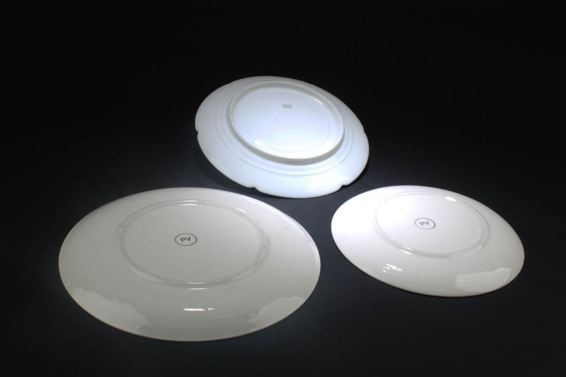 A Group of Three Porcelain Plates - 6