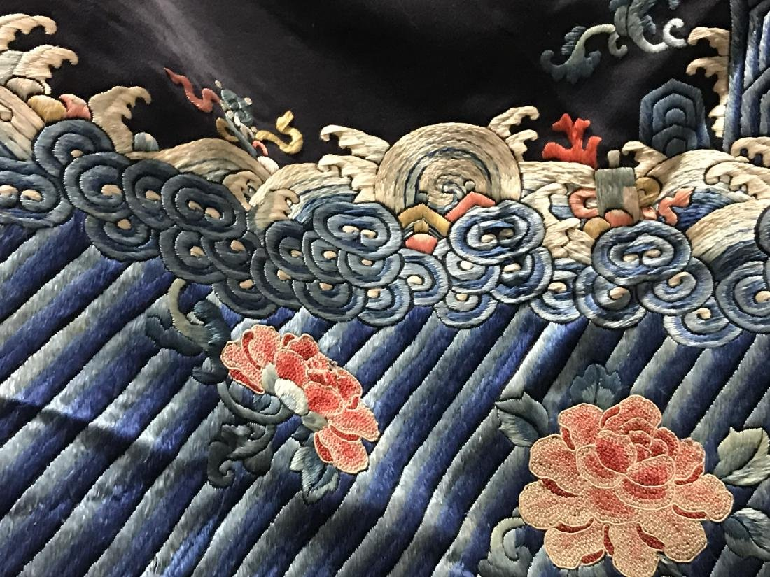 Antique Chinese Silk Embroidery Jacket - 3